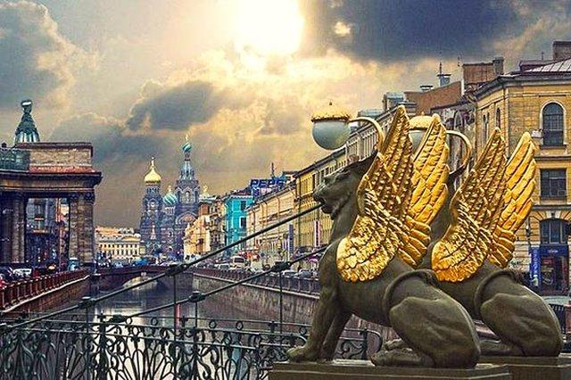 Санкт-Петербург, Банковский мост